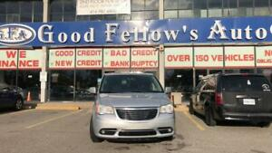 2011 Chrysler Town & Country TOURING, 7PASS, SUNROOF, NAVI, BACKUP CAM, 3.6L