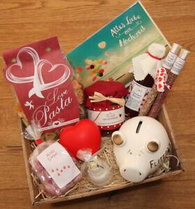 Hochzeit-Geschenke-Praesentkorb-Geldgeschenk-Hochzeitsgeschenk-Geld-Flitterwochen