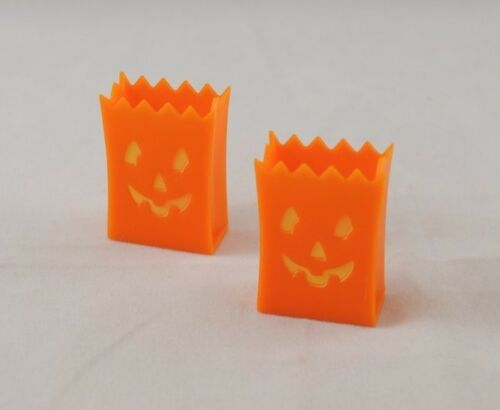 dollhouse miniature MUL5505  1//12 scale Multi Minis USA plastic Holloween Bags