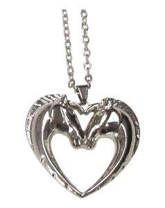 Collier-pendentif-acier-double-tete-de-cheval-formant-un-coeur
