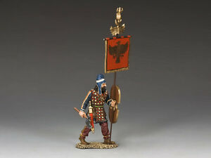 AG017 Persian Standard Bearer by King and Country