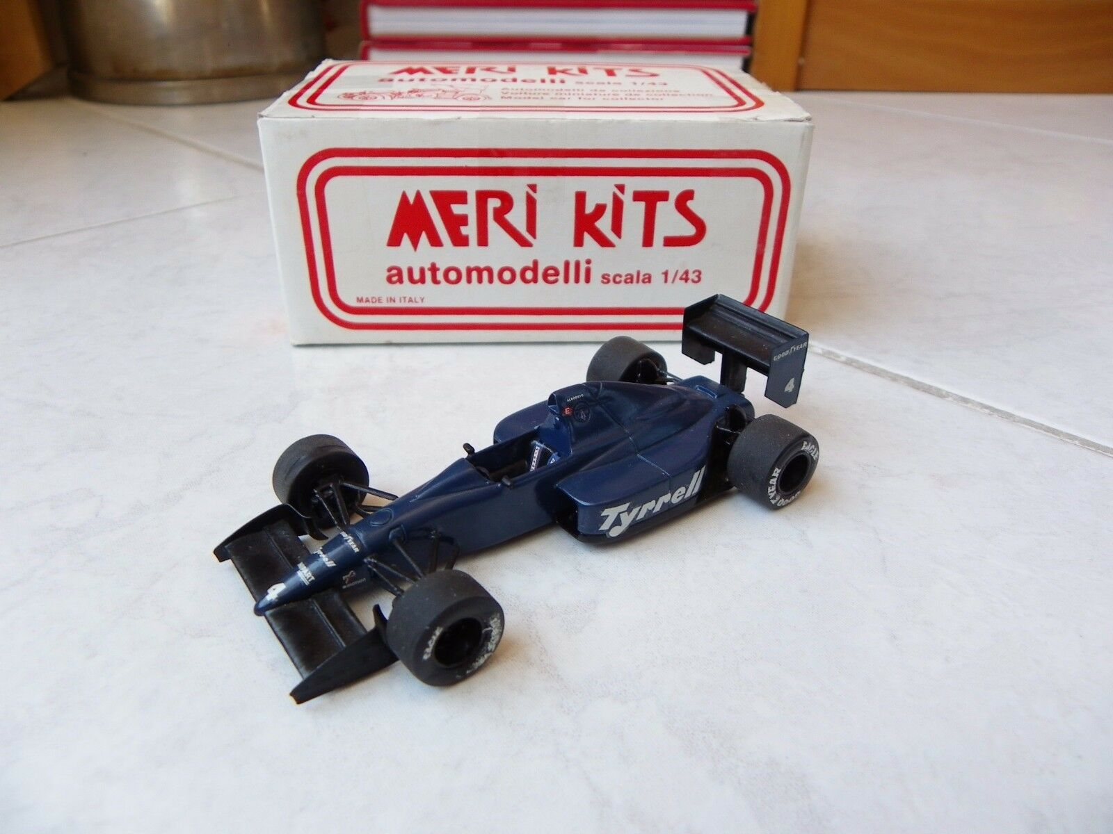 Ford tyrrell 018 michele alboreto  4 gp monaco  1989 meri kits kit built 1 43 f1  le plus en vogue