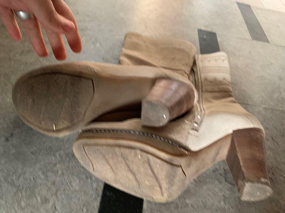 Støvler, str. 39, Ilse Jakobsen
