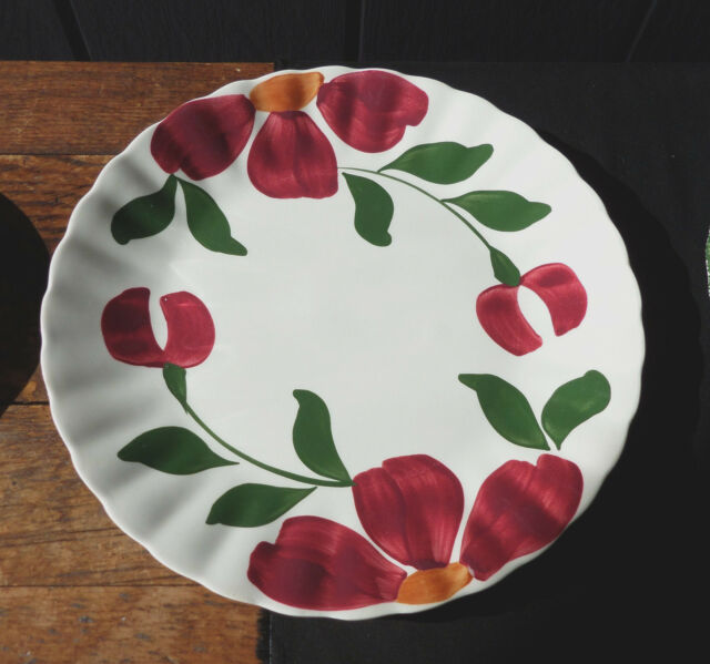 Blue Ridge Southern Potteries Erwin TN Red Flower Plate 9 3/8 inch No chips