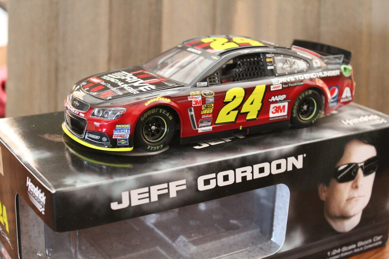 Jeff Gordon, AARP DTEH, 2015 SS, 1 24 scale car Last year racing