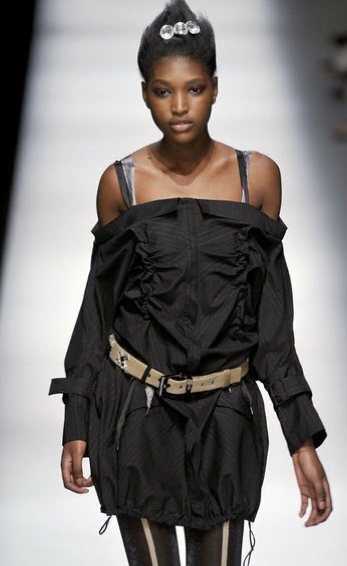 Introuvable  Robe  schwarze grande ligne Marithe+Francois GIRBAUD T.36 (I.40) neuve