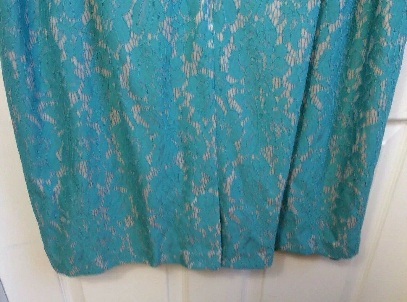 eda72e73654 ... Jessica Howard Woman s Plus Size 24W Lace turquoise dress Bell Bell  Bell Sleeves 112 NWT b62e1f ...
