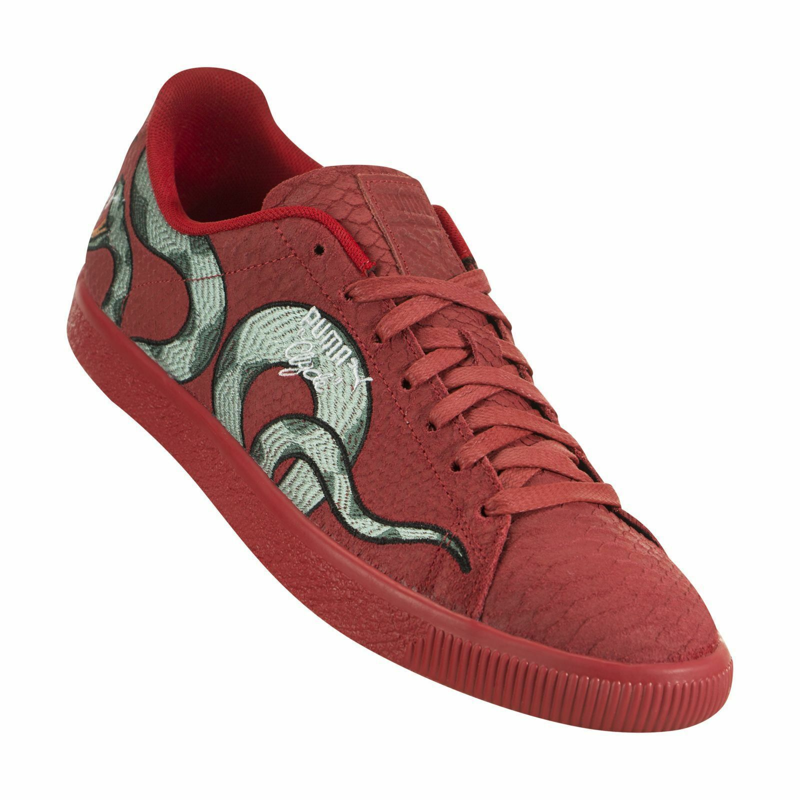 PUMA - CLYDE   SNAKE EMBROIDERY - 368111 02 - Men's shoes - RED - Size 9.5