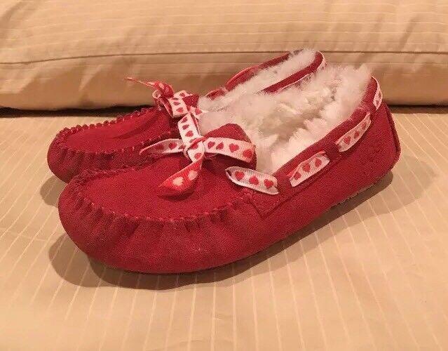 UGG Dakota Hearts Enfants Mocassins Slip-On Slippers Chaussures sz 3