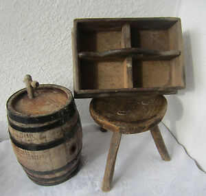 ANTIQUE PRIMITIVE WOODEN Crate w/ Handle Wood tote / caddy, box square tray