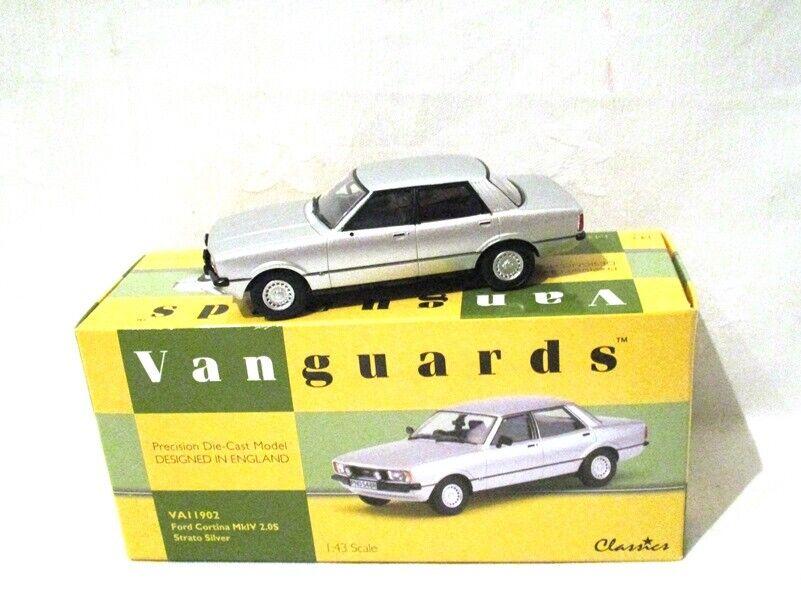 Corgi Vanguards Ford Cortina Mk 4 2.0S strato plata VA11902