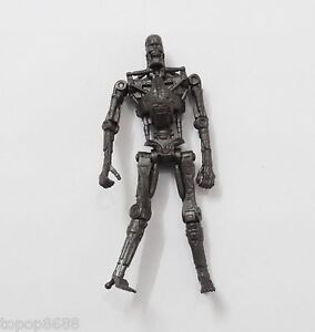 Playmates-Toys-Terminator-Salvation-T-700-Endoskeleton-3-75