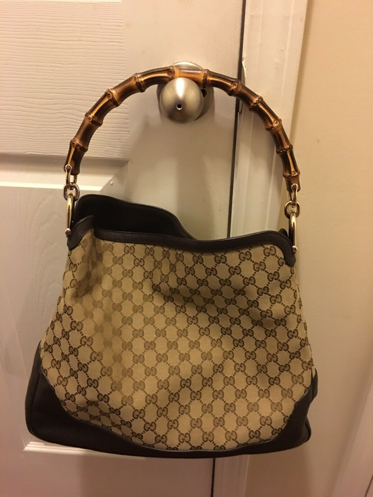 WOMENS GUCCI DIANA BAG/PURSE WITH BAMBOO HANDLE, … - image 3