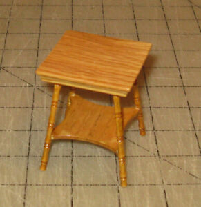 Vintage-2-amp-1-2-034-Tall-Doll-House-Square-Top-Wooden-End-Lamp-Table-Unbranded
