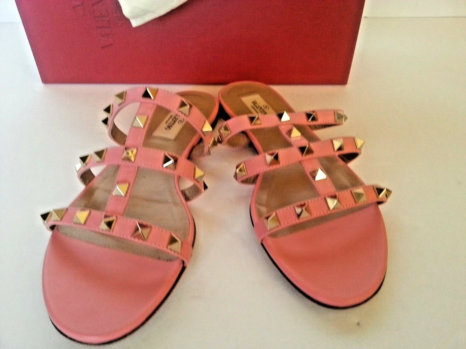NEW Valentino Garavani Rockstud  Caged Flat Sandals Slip On Salmon rose chaussures 38