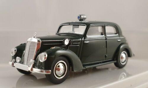 """Brekina Starmada Mercedes 220 dunkelgrün /""""Polizei/"""" 1:87 H0 13055"""