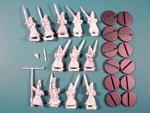 Hauts-Elfes-1994-96-12-figurines-Swordmasters-of-Hoeth-etat-major