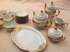 Vintage Wawel WAV19 Recznie Malowane 29 Pieces Made in Poland White Gold Trim