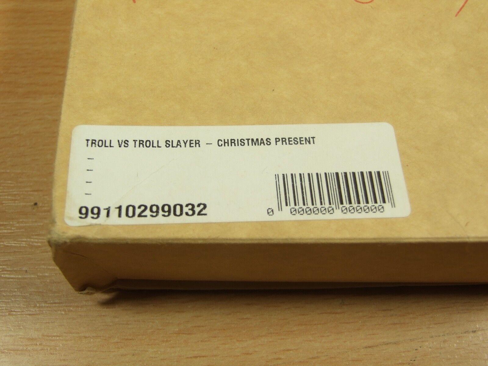Nuevo y en caja Warhammer 2018 Personal Regalo De Navidad Ltd Edition 54 mm Troll vs Dwarf Slayer