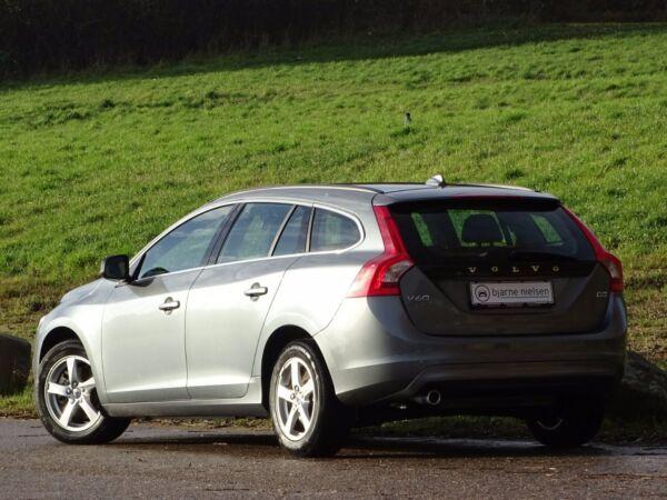 Volvo V60 2,0 D3 150 Momentum - billede 3