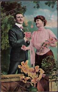 uu4-Postcard-Man-and-Lady