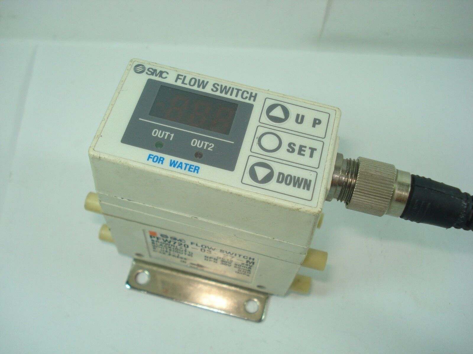 1PC SMC flow sensor PFW720-03-27-M 2-16L min good in condition for industry use