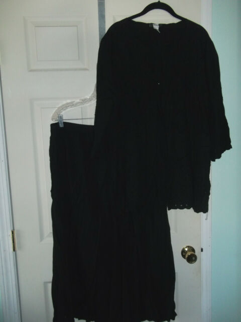Studio 1940 Skirt and Top Set 26/28 22/24 Black and Cut Work