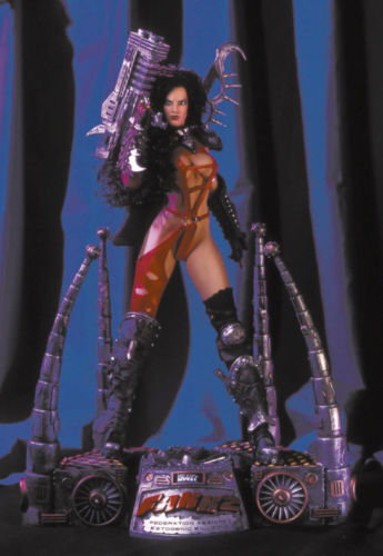 Art Asylum & Simon Bisley - Heavy Metal 2000 Fakk 2 Statue  Julie Strain