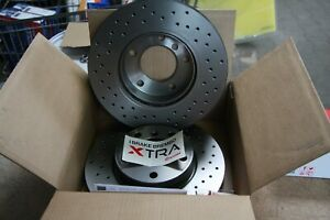 2x-Brembo-Xtra-Sportbremsscheiben-Perforated-Ford-Focus-III-Set-for-Rear
