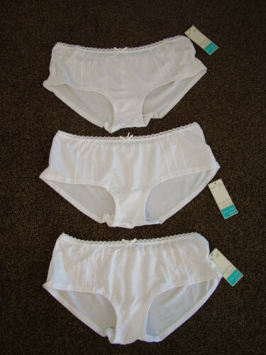 BRIEFS,KNICKERS,PANTIES.BNWT/'s FREE POSTAGE LOW RISE SHORTS 3  M/&S MODAL RICH