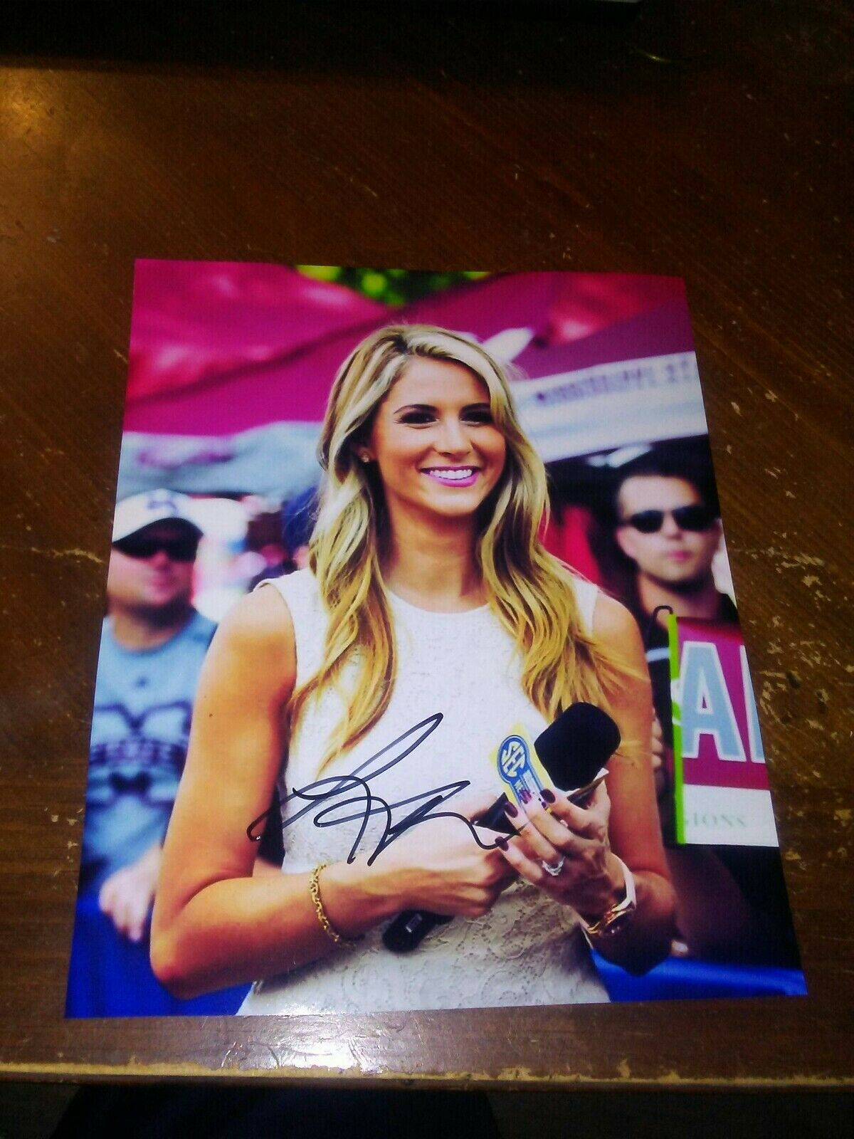 Laura Rutledge measurements, bio, height, weight, shoe and