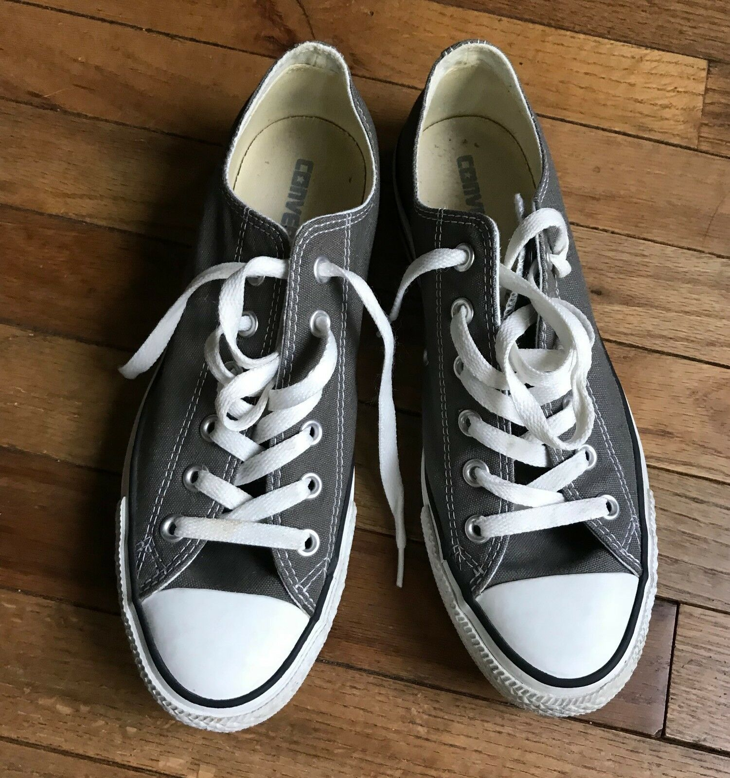 Converse All Star Low Chuck Taylor Canvas Shoes Low Star Top Size 8 Men's 10 Women's e2a533