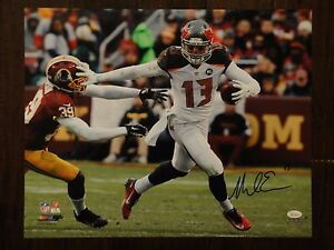 MIKE-EVANS-JSA-CERTIFIED-SIGNED-TAMPA-BAY-BUCCANEERS-16X20-PHOTO-AUTOGRAPHED