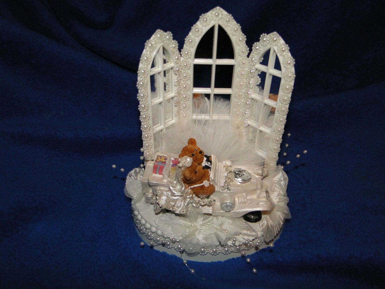 New Chapel MirrGoldt Windows Wedding Cake topper with Teddy Bear Couple Weiß Car