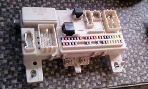 Sicherungskasten-Sicherung-Zentralelektrik-Volvo-V50-Kombi-Bj-05-30728906-70