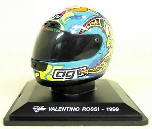 Altaya-1-5-Scale-Valentino-Rossi-1999-AGV-Moto-GP-Helmet-with-Plinth-and-Case