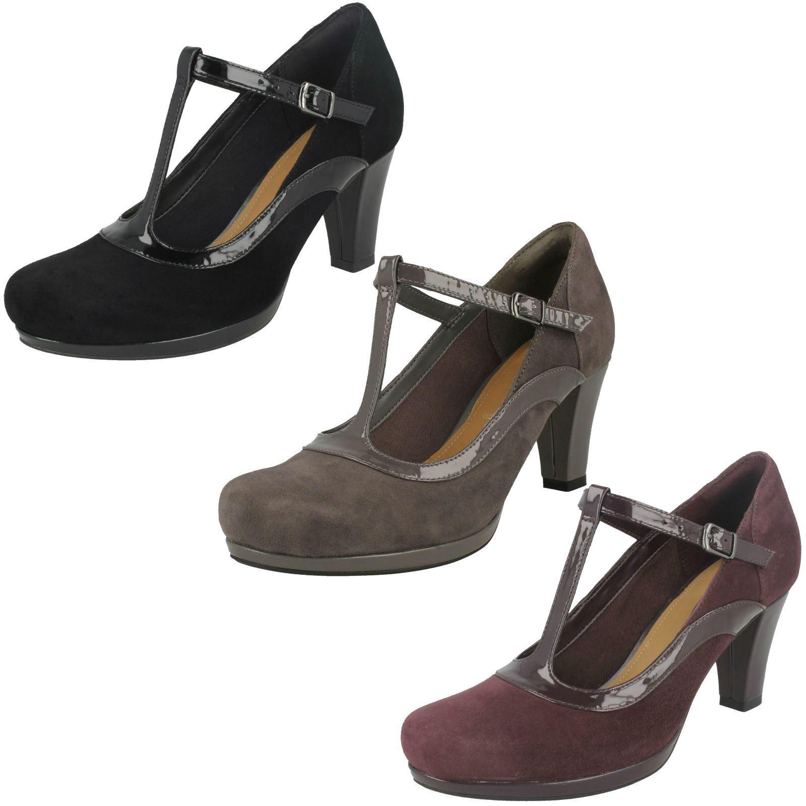 acquista marca Sandali Donna Clarks Scarpe Con Tacco A A A CORTE  CHORUS  Pitch  alta qualità