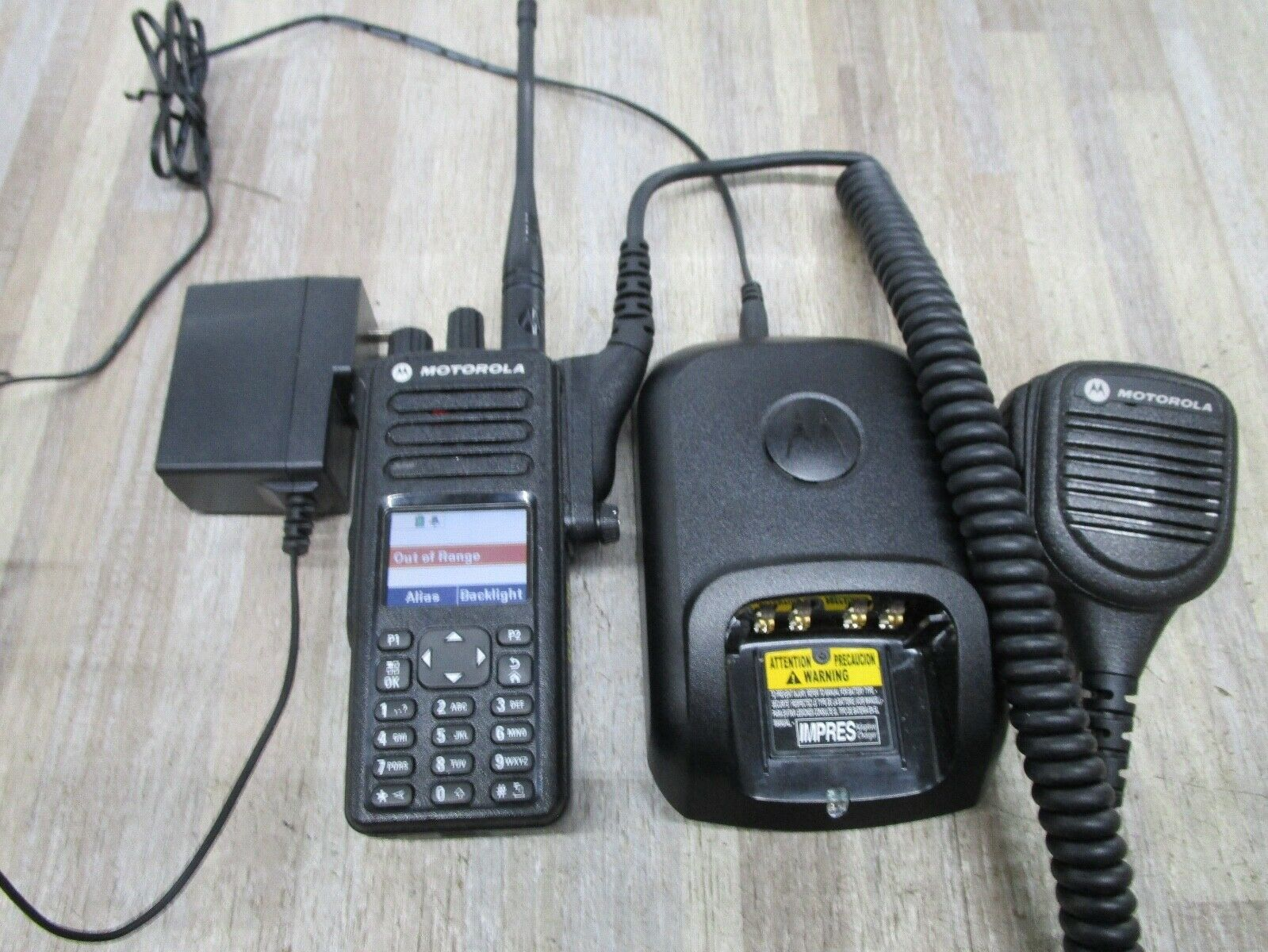 Nice Motorola XPR 7550E(AAH56RDN9RA1AN)Two-Way Radio w/ Charger & PMMN4050A MIC. Available Now for 409.00