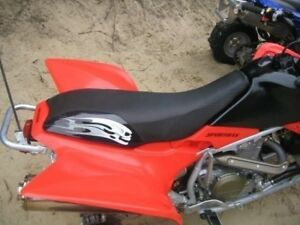 Honda-Trx-450R-Skull-Tribal-Silver-Seat-Cover-hcs861c854