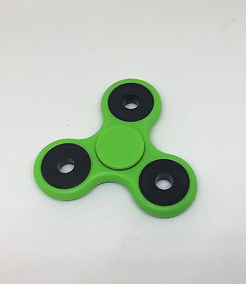 Gemotiveerd Tri-spinner Fidget Toy Hand Finger Spinner Desk Focus Green 2019 Nieuwe Mode-Stijl Online