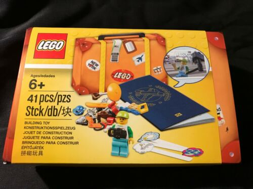 Lego Travel Building Suitcase 5004932 Minifigure Accessory Kit