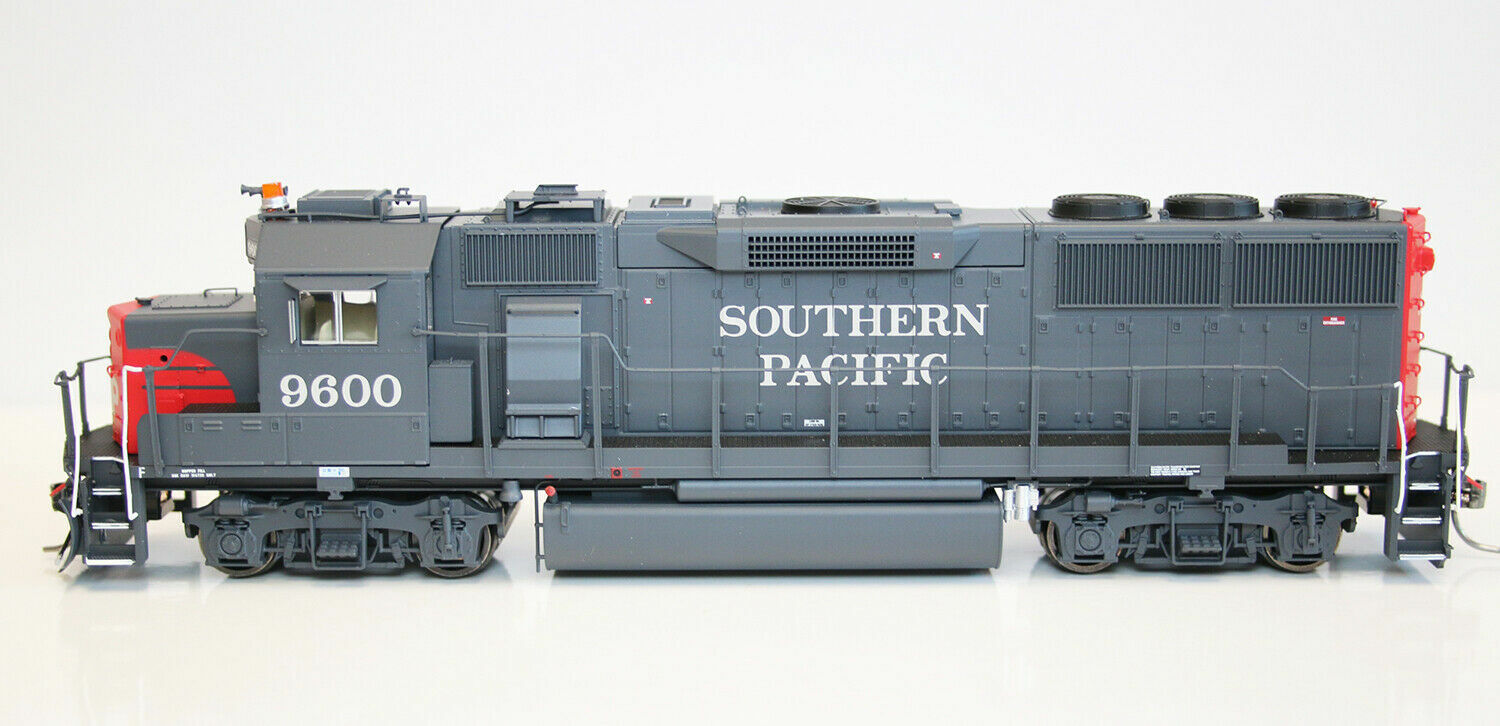 Fox Valley Models 20401 HO Scale GP60 Southern Pacific  9600 Nuevo