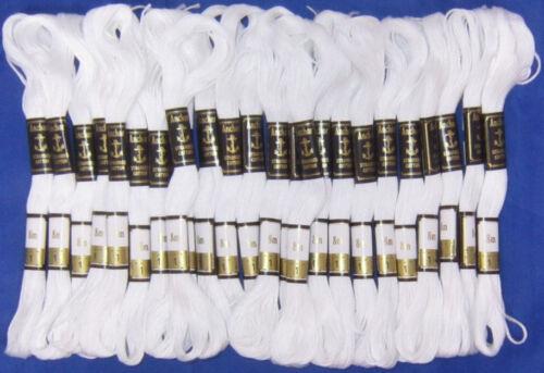 24 Blanc Anchor Brin Fil de coton écheveaux cross-stitch Envoi Gratuit UK