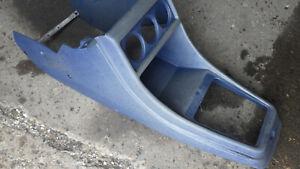 Mittelkonsole blau, VW Golf I Cabrio, Teile Nr. 161863243C