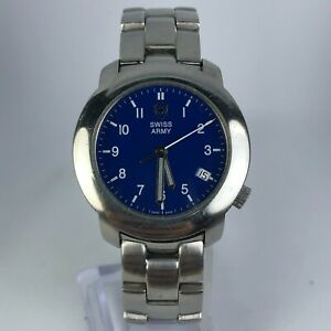 Vintage-Swiss-Army-90-039-s-Mens-V7-00-Blue-Dial-Stainless-Steel-Band-Quartz-Watch