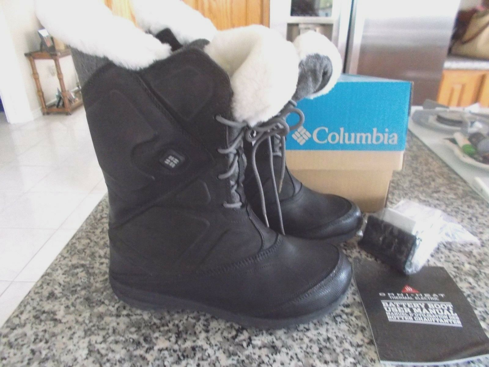 NIB NIB NIB  $325.00 Columbia Women's Snowfall Leather Omni-Heat Boots  BL 1467 Size 6.5 0dd45b