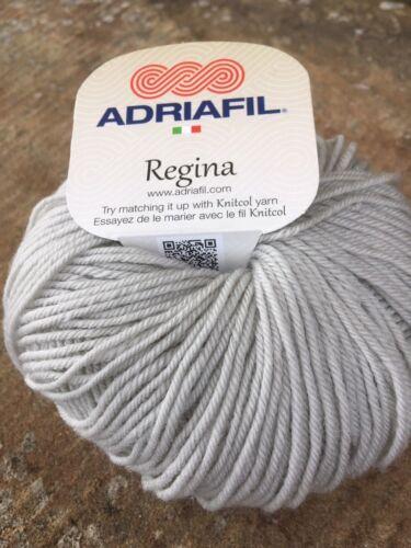 ADRIAFIL Regina Hilado 100/% italiana de lana Merino 3 X 50g bolas en #44 gris.