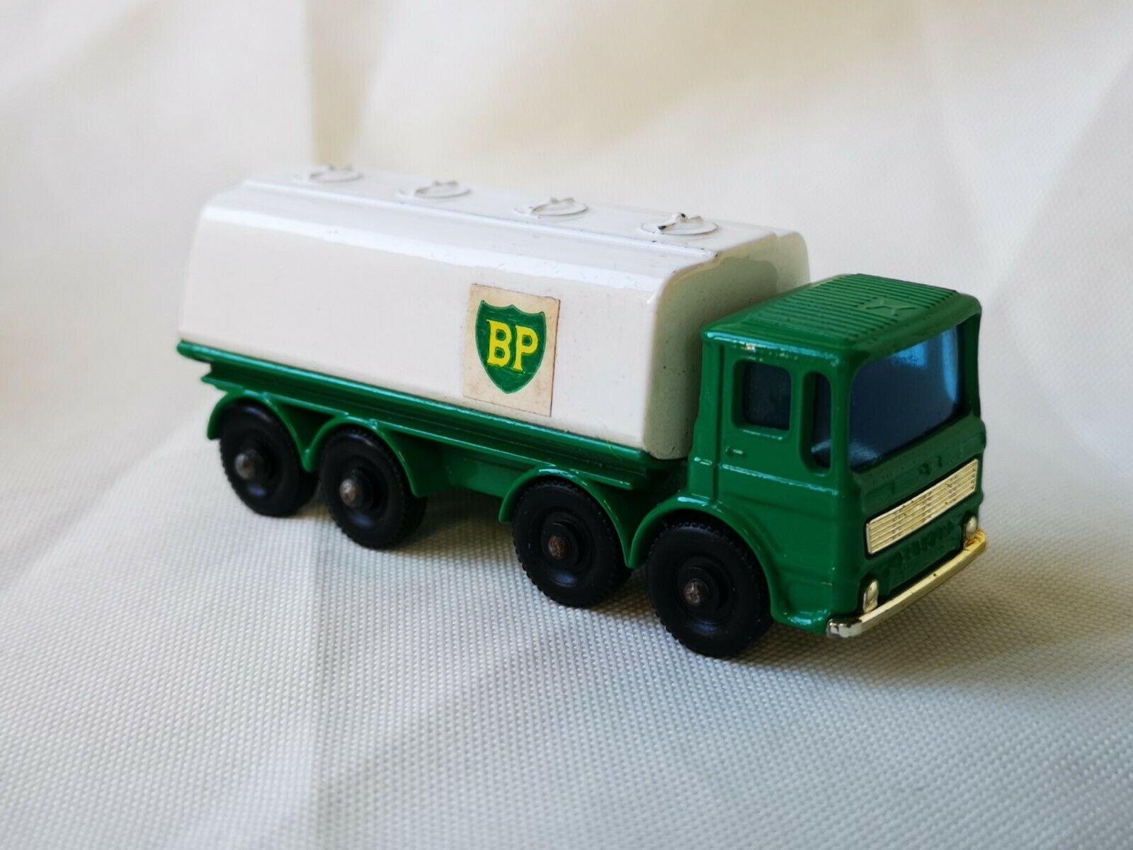 Matchbox Lesney no. 32 Leyland Petrol Tanker BP Boxed Boxed Boxed df7911