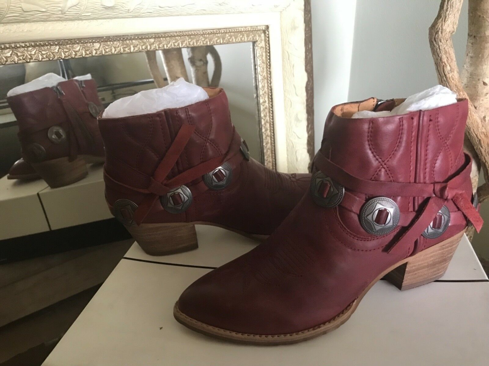 Dolce Vita SKYE WOMENS Red Western Harness Ankle Booties 6M MSRP $170