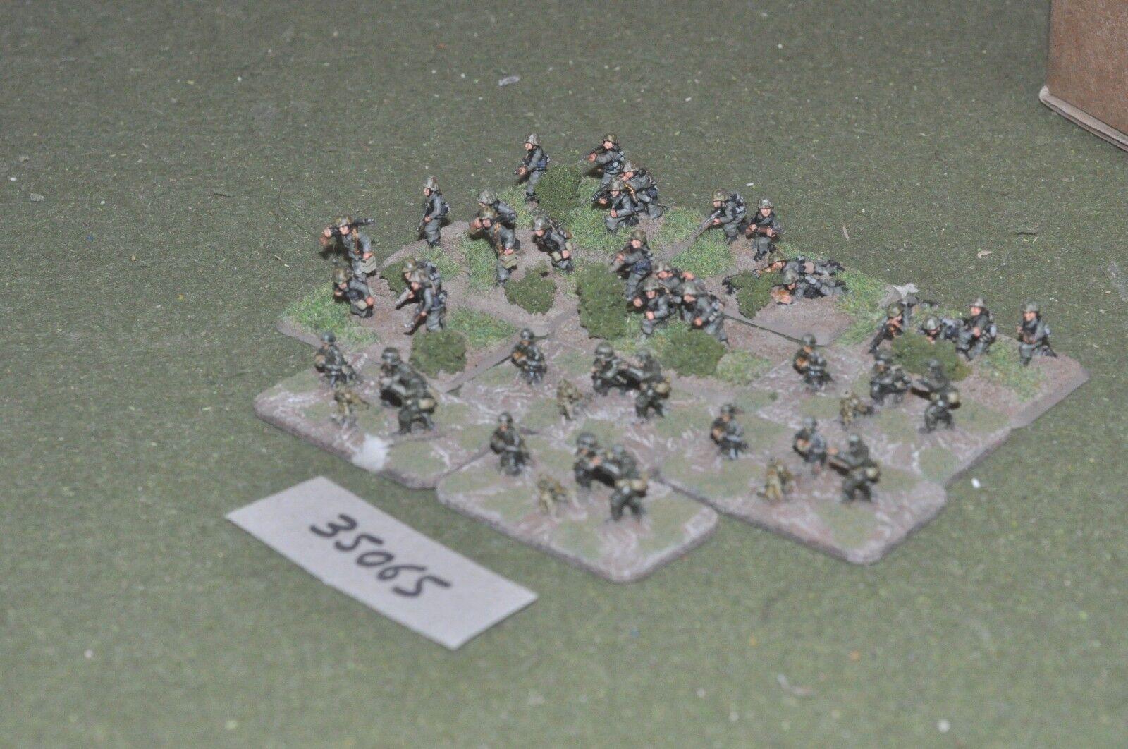 15mm WW2   german - battle group 40 figures - inf (35065)